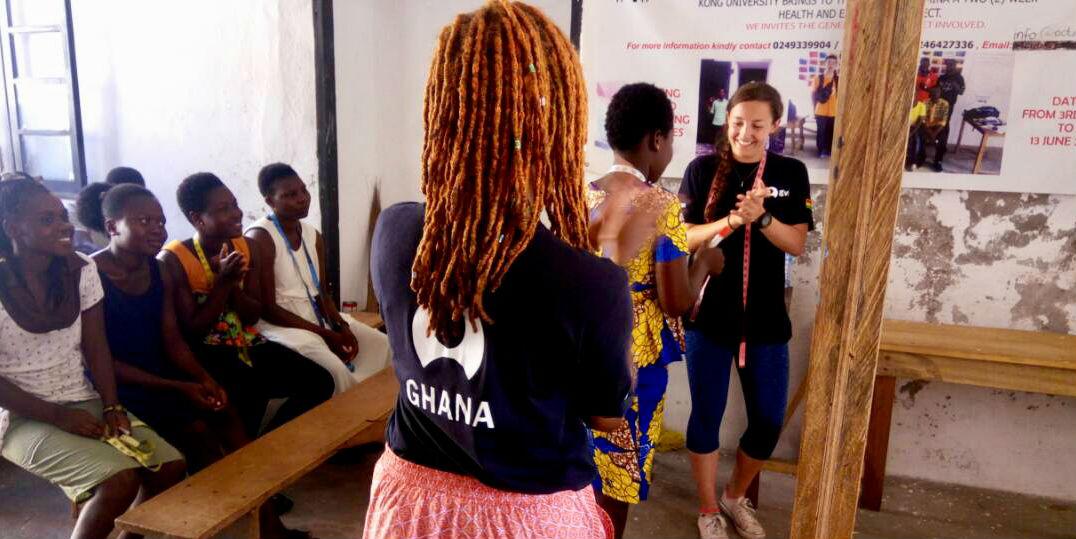 volunteer trips to Africa