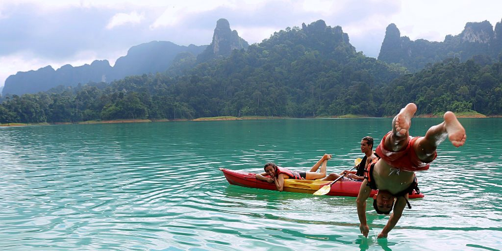The Phang Nga afternoon boat tour is a popular day out on our GVI volunteering program.